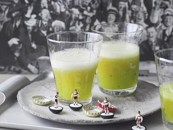 cocktail foot vert